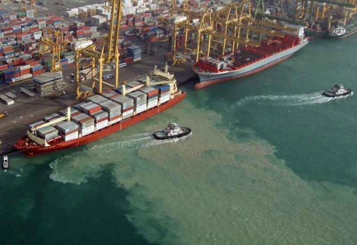 Dubai Still Bags Top 5 Shipping Hub Status